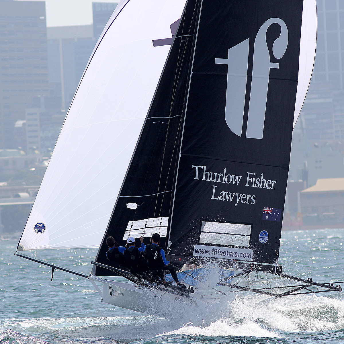 thurlow-fisher-lawyers-on-the-spinnaker-run-from-beashel-buoy-to-clark-island