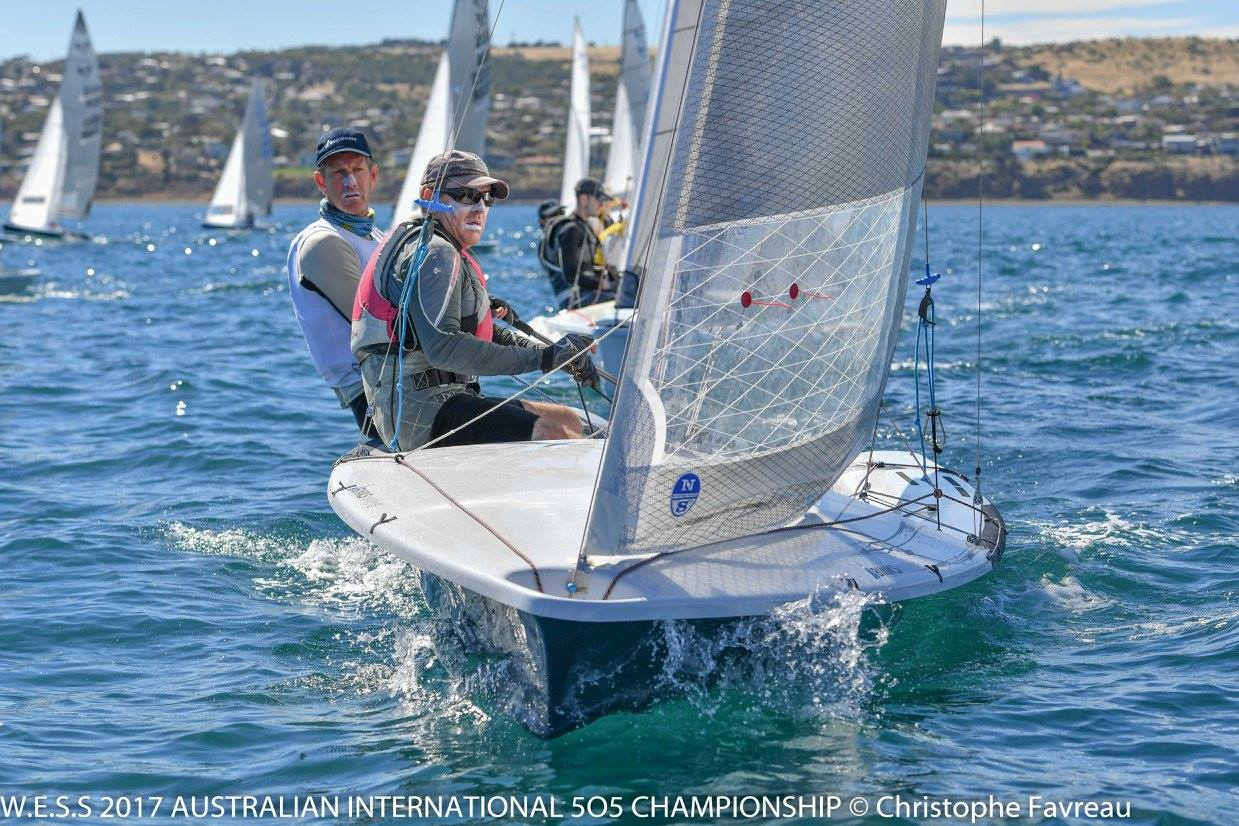 505 Nationals | Local knowledge prevails in light opening race
