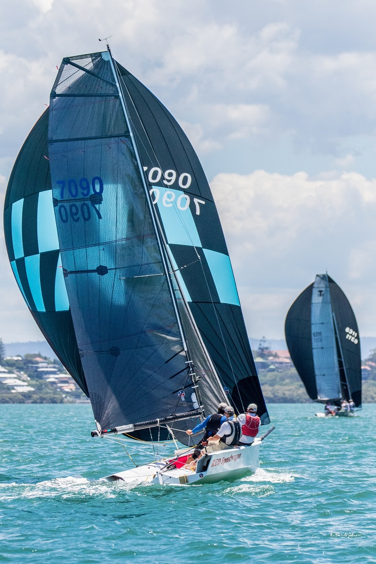Andrew York's masterclass in sailing fast one-design keelboats