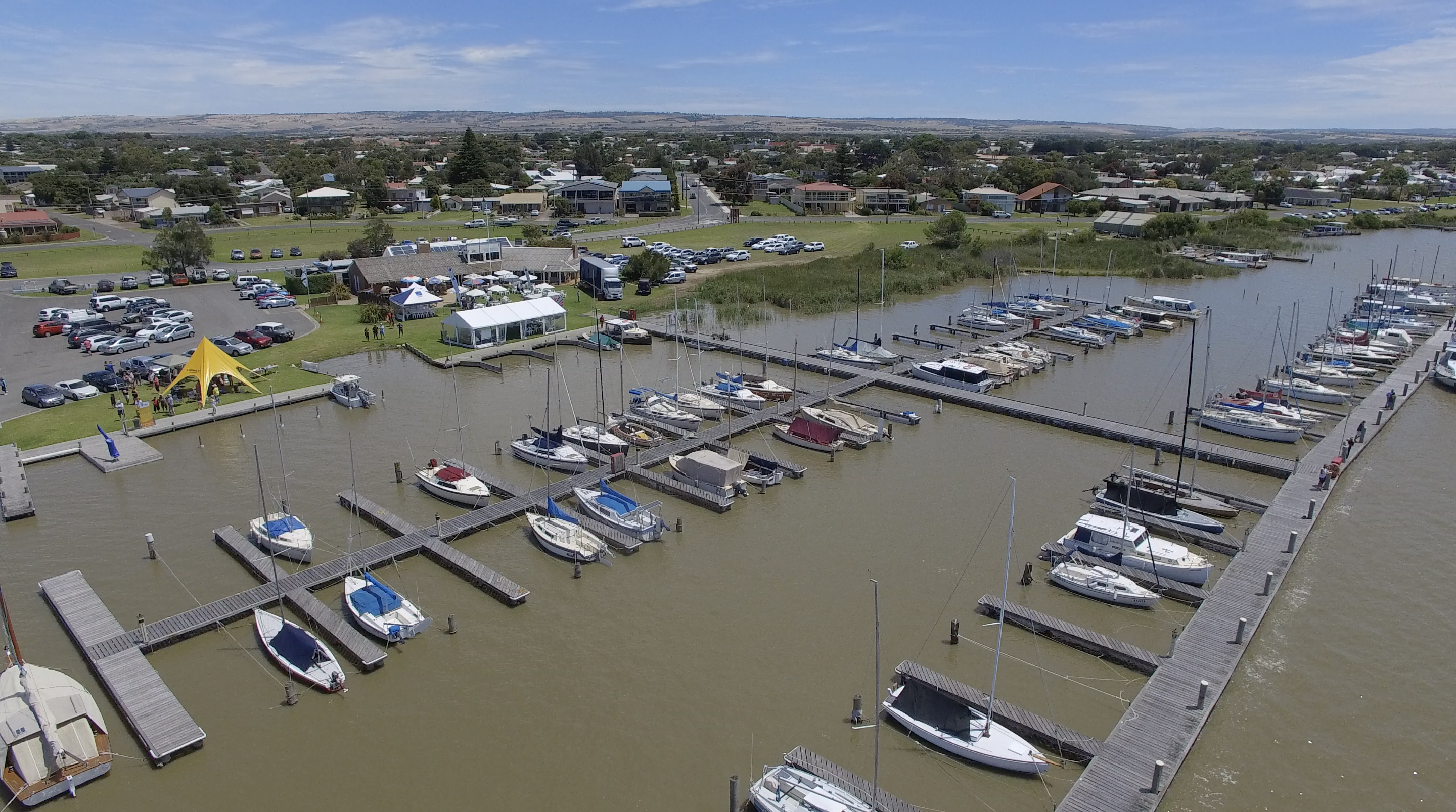 From friendly wager to iconic regatta week – Goolwa's rich sailing history