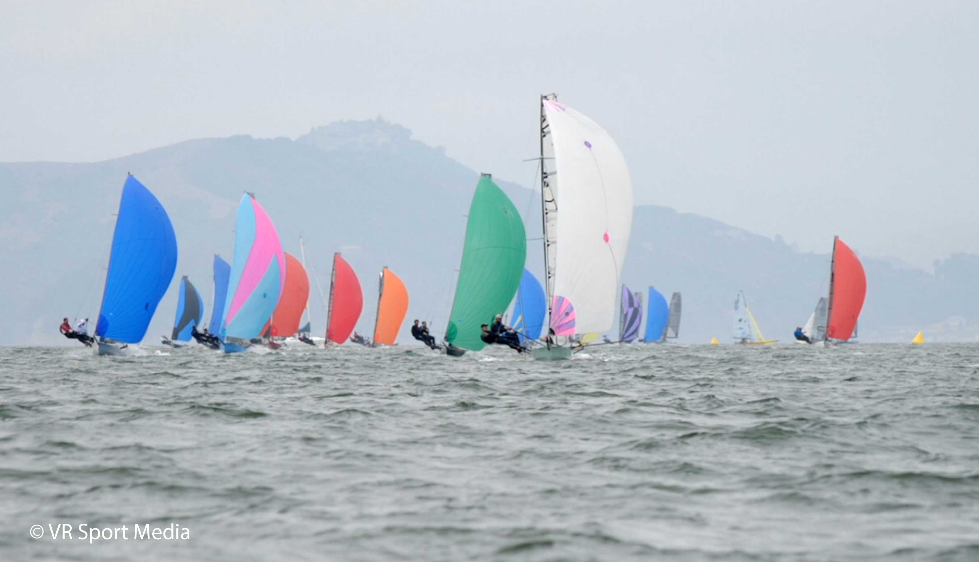 I14 Worlds – Mixed day for Aussies as breeze lightens – VIDEO